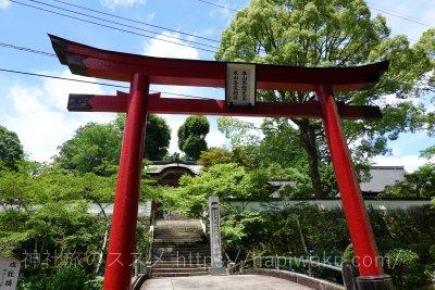 木山神社奥宮と木山寺
